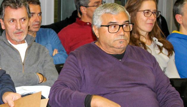 Àlex de Santiago en una assemblea de la federació.