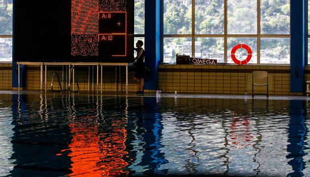 La piscina dels Serradells, abans de l'incendi.