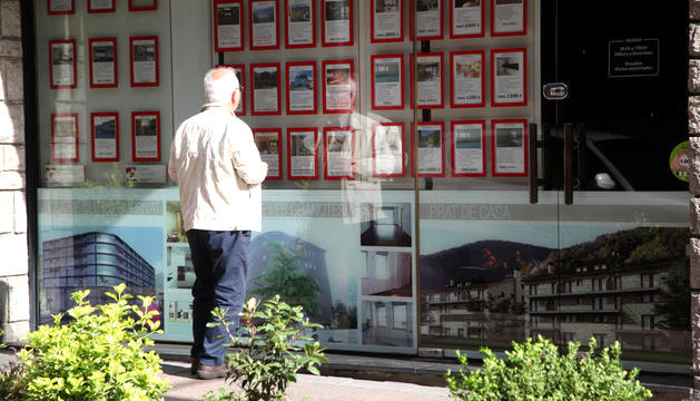 Les activitats immobiliàries tenen una variació positiva.