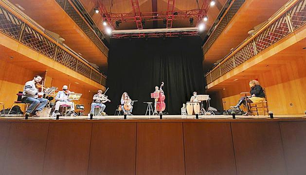 El Quintet de corda de l'ONCA en un dels assajos del concert que es podrà veure avui