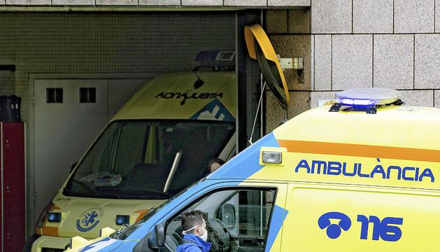 Una de les ambulàncies del SUM.