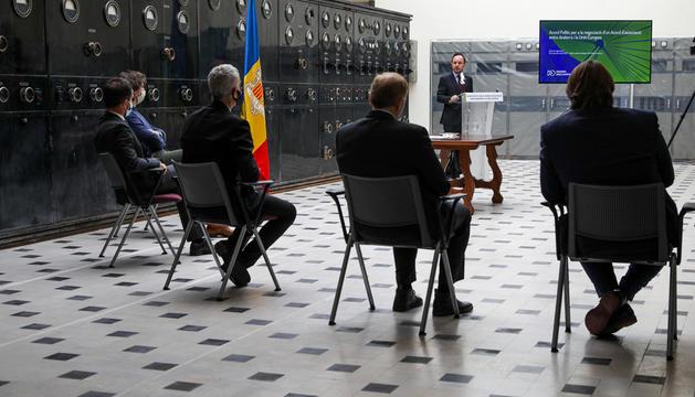 Consens polític per a la negociació amb Europa