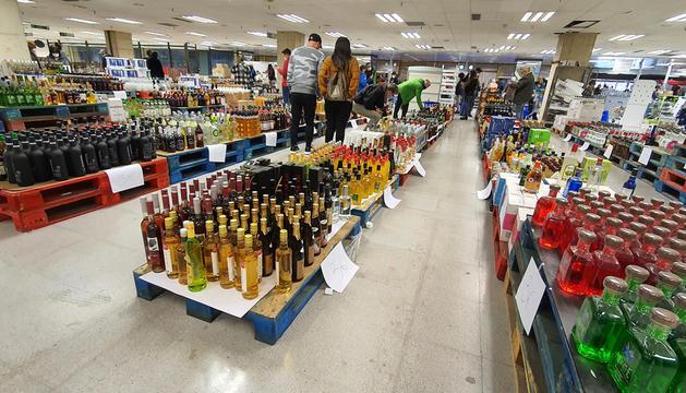 Les darreres existències de begudes alcohòliques al Punt.