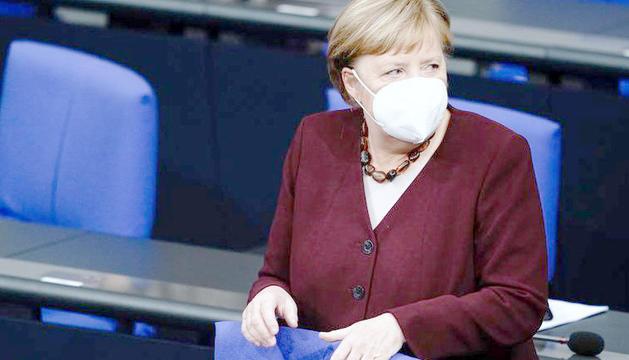 La cancellera alemanya,Angela Merkel, demana que no s'obrin les pistes fins al gener.