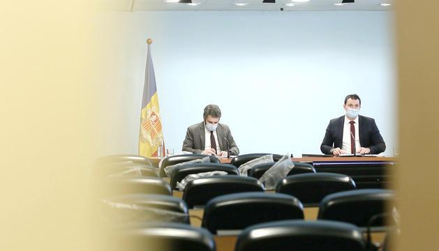 Els ministres Eric Jover i Jordi Gallardo en una compareixença de premsa.