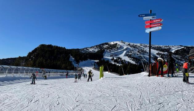 Esquiadors, avui al sector de Pal.