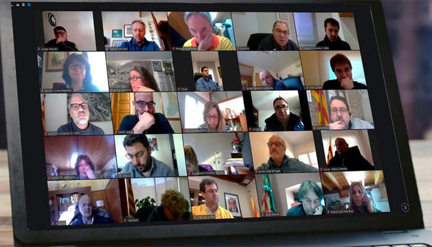 Un moment de la trobada telemàtica dels alcaldes del Pirineu.