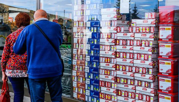 Establiment de venda de tabac al Pas de la Casa