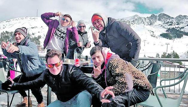 Foto de grup dels membres de la xarxa a Andorra.