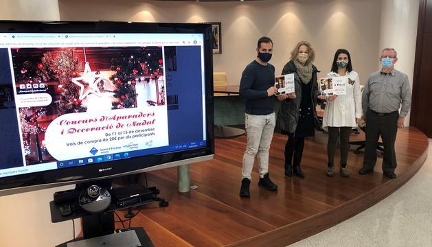 L'entrega de premis del primer concurs d'aparadors i decoració de Nadal