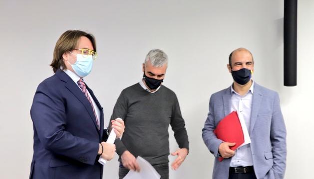 Els consellers David Montané, Carles Naudi d'Areny-Plandolit i Marc Magallon