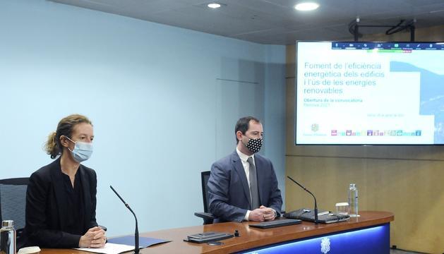 Sílvia Calvó i Carles Miquel han presentat el programa Renova