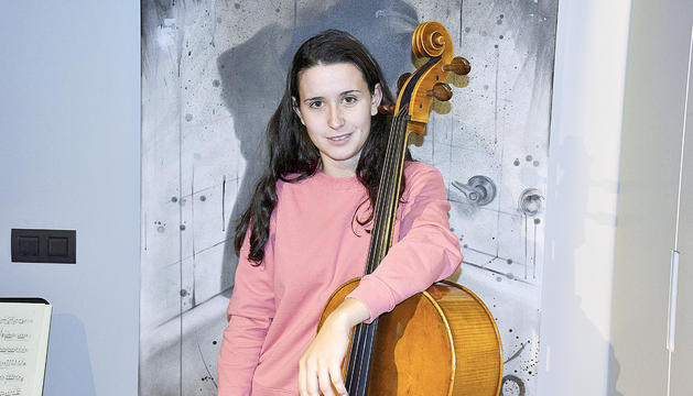 La violoncel·lista de la Jonca, Olga Palou.
