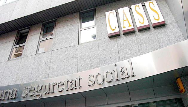 Façana de la seu de la CASS a Andorra la Vella.