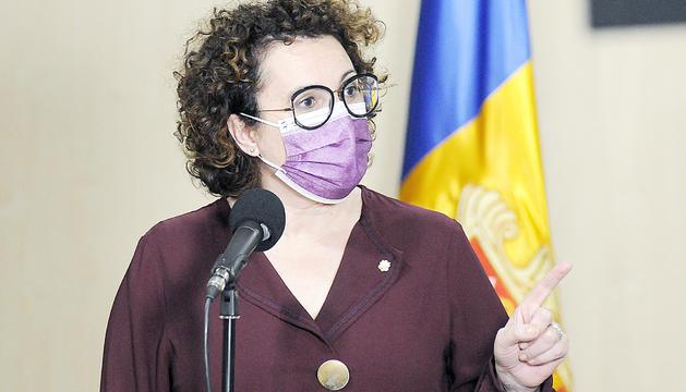 La ministra Judith Pallarés durant la compareixença que va fer ahir.