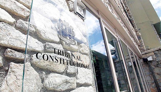 Façana de l'edifici del Tribunal Constitucional.