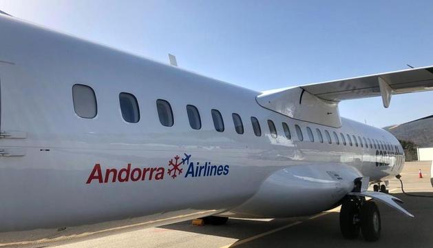 L'avió d'Andorra Airlines que va arribar fa uns dies a l'aeroport d'Andorra-la Seu.