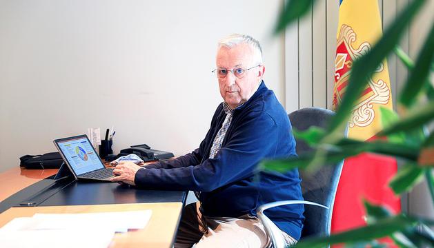 El president de la Cambra de Comerç a les oficines de l'entitat.