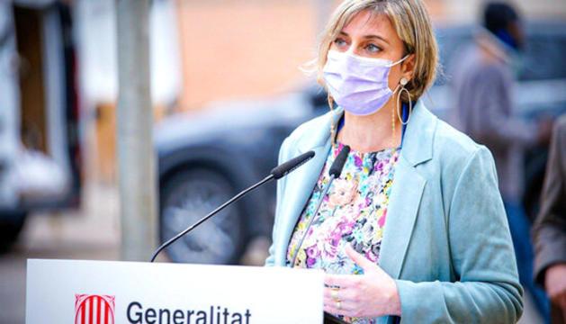 La consellera de Salut catalana, Alba Vergés, ahir en roda de premsa.