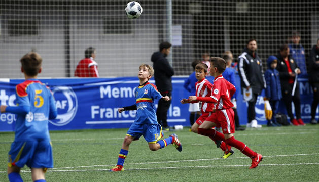 Els nens i nenes de la base, reconeguts com a formats a Andorra.