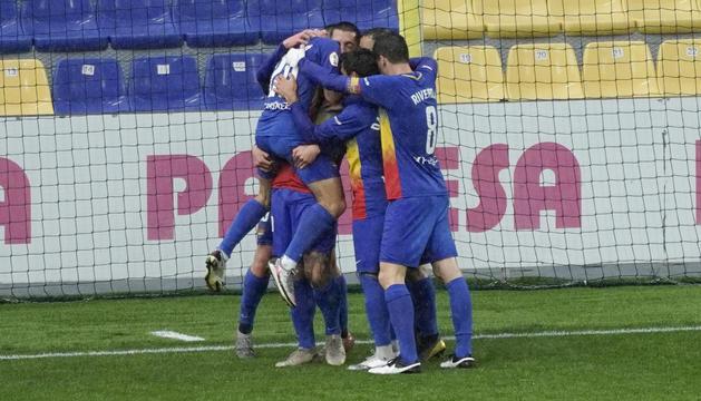 Els jugadors tricolors celebren un dels gols a Vila-real.