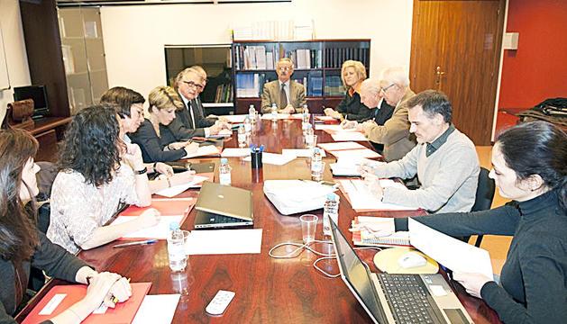 Una reunió del Comitè Nacional de Bioètica.