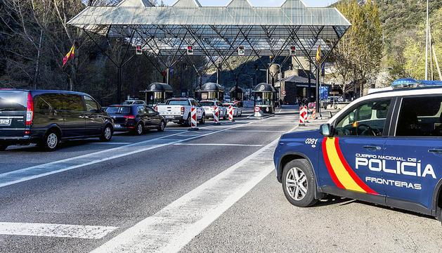 Cues d'entrada a Andorra ahir a la tarda.