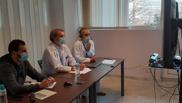 El cap de l'UCI, Antoni Margarit, al centre, en una videoconferència recent.