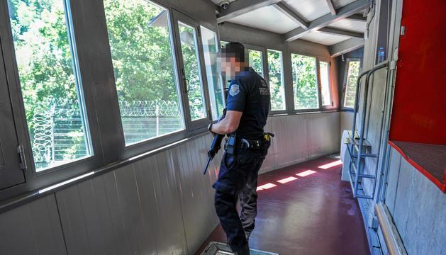 Els joves van sortir ahir de la presó de la Comella.