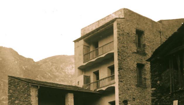 Portada del llibre 'Cal Rafeló, l'antiga fàbrica Reig'.