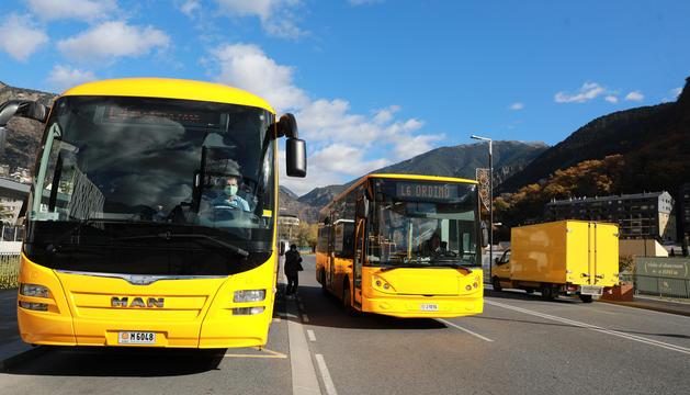 Autobusos a l'estació nacional.