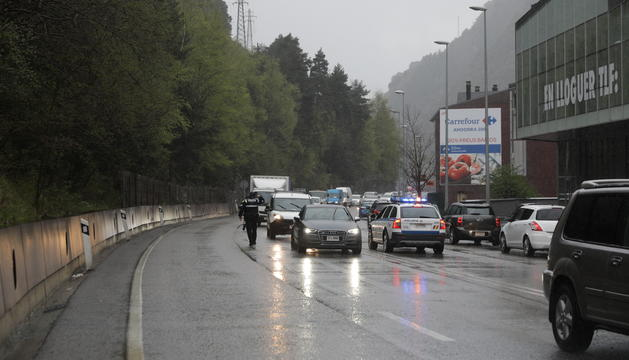 La policia al lloc de l'accident