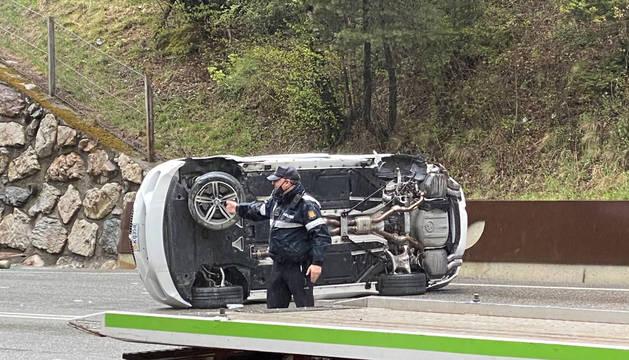 El vehicle accidentat a la Bartra.