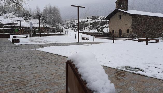La neu acumulada aquest matí a Sant Pere del Tarter.