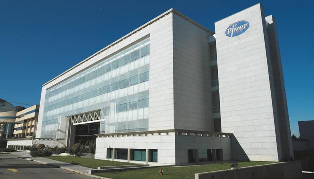 Un dels centres de la farmacèutica Pfizer.