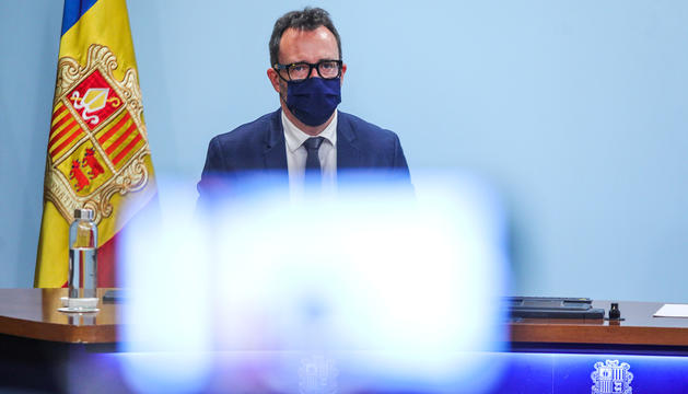 El ministre d'Afers Socials, Víctor Filloy, durant la roda de premsa d'ahir.