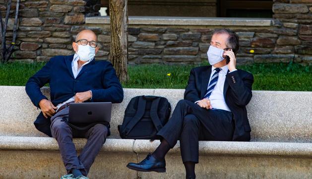 Pere Pujol Ferrusola i el seu advocat, el juliol passat a Andorra.