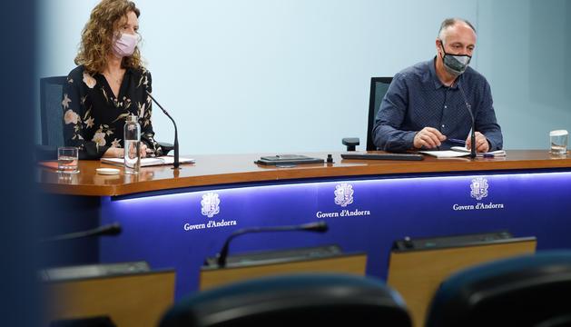 Sílvia Calvó i Josep Casals, en la roda de premsa d'aquesta tarda.