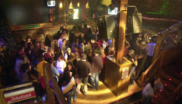 Una discoteca plena de gent abans de la pandèmia.