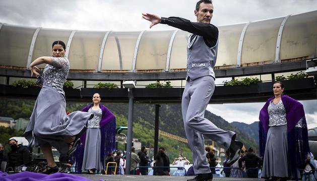 Mostra de música i danses tradicionals, a la Plaça del Poble d'Andorra la Vella