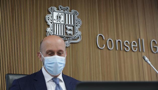 Joan Martínez Benazet en la compareixença al Consell General