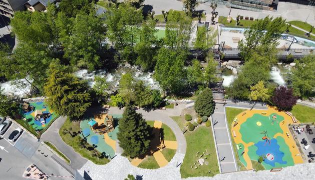 El parc es divideix en tres espais