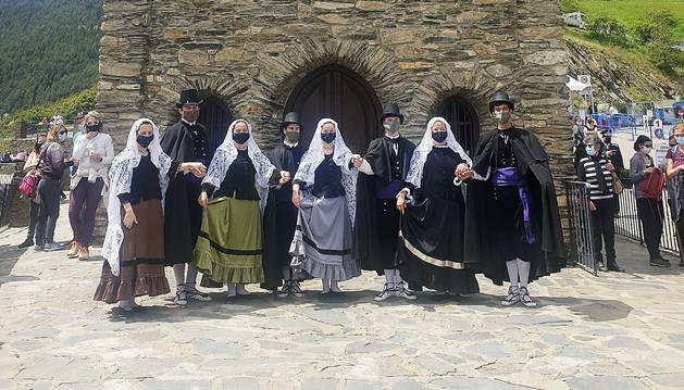 L'Esbart Lauredià al Santuari de Canòlich.