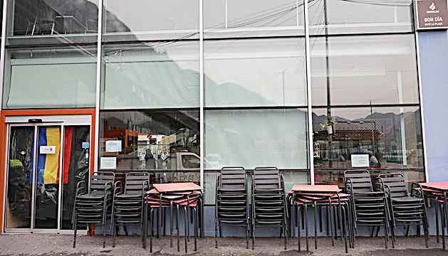 El bar de la plaça del Poble.