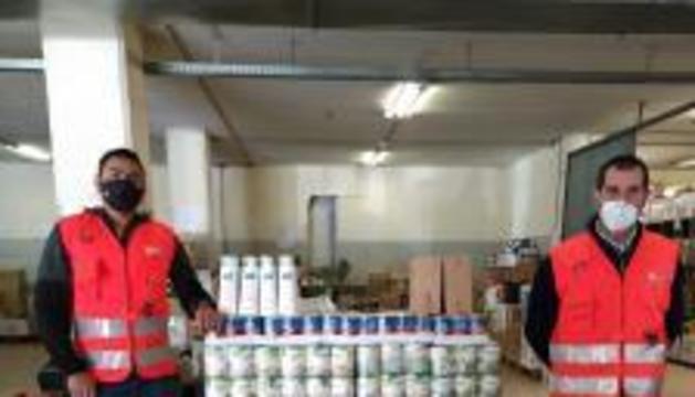 Articles donats a la botiga solidària de la Creu Roja