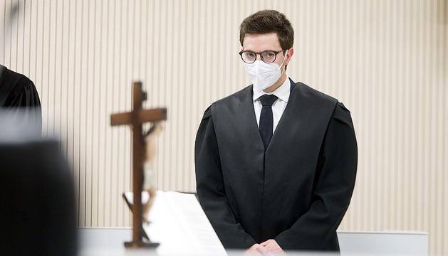 Sergi Costa jurant el càrrec de batlle a la seu de la Justícia.
