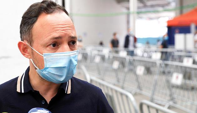 El cap de Govern,Xavier Espot, ahir, abans de rebre la vacuna.
