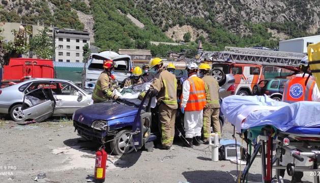 El simulacre d'accident de trànsit.