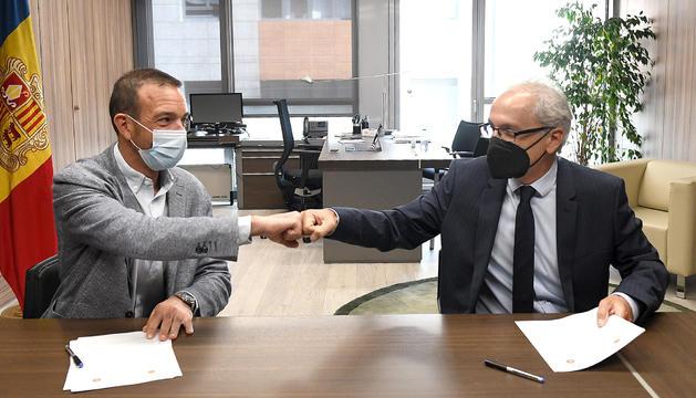 Jordi Torres i Francesc Camp han signat el conveni aquest matí