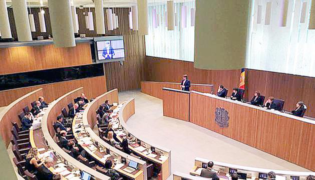 Els consellers generals en una sessió parlamentària.